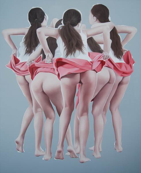 5 Girls Overlapping Showing Ass